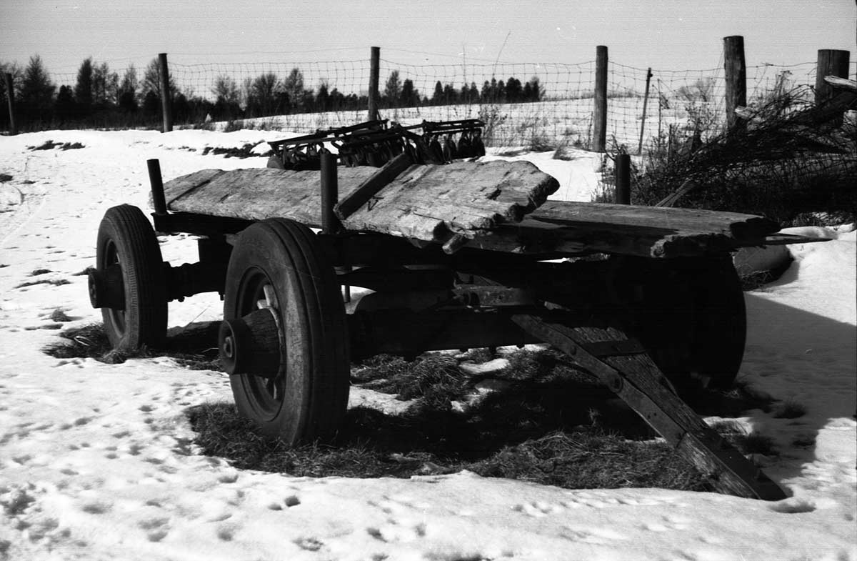 Another old wagon